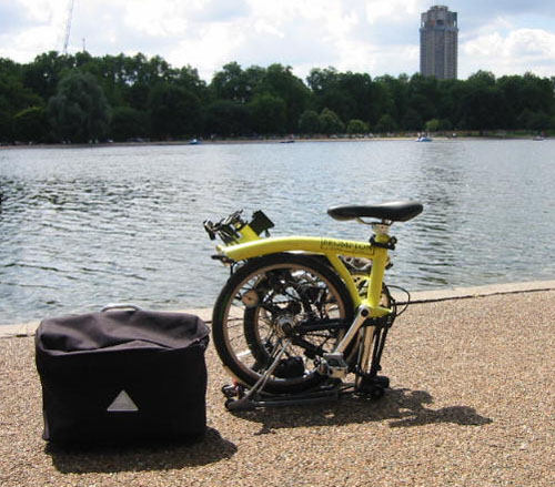 Fixmybike-brompton-bike-folded